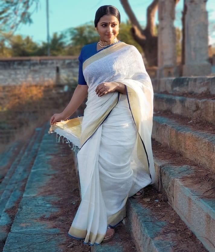 Actress Anu Sithara Photoshoot