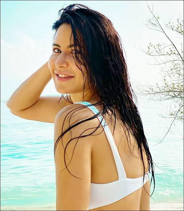 Katrina Kaif Glamours Photoshoot Stills